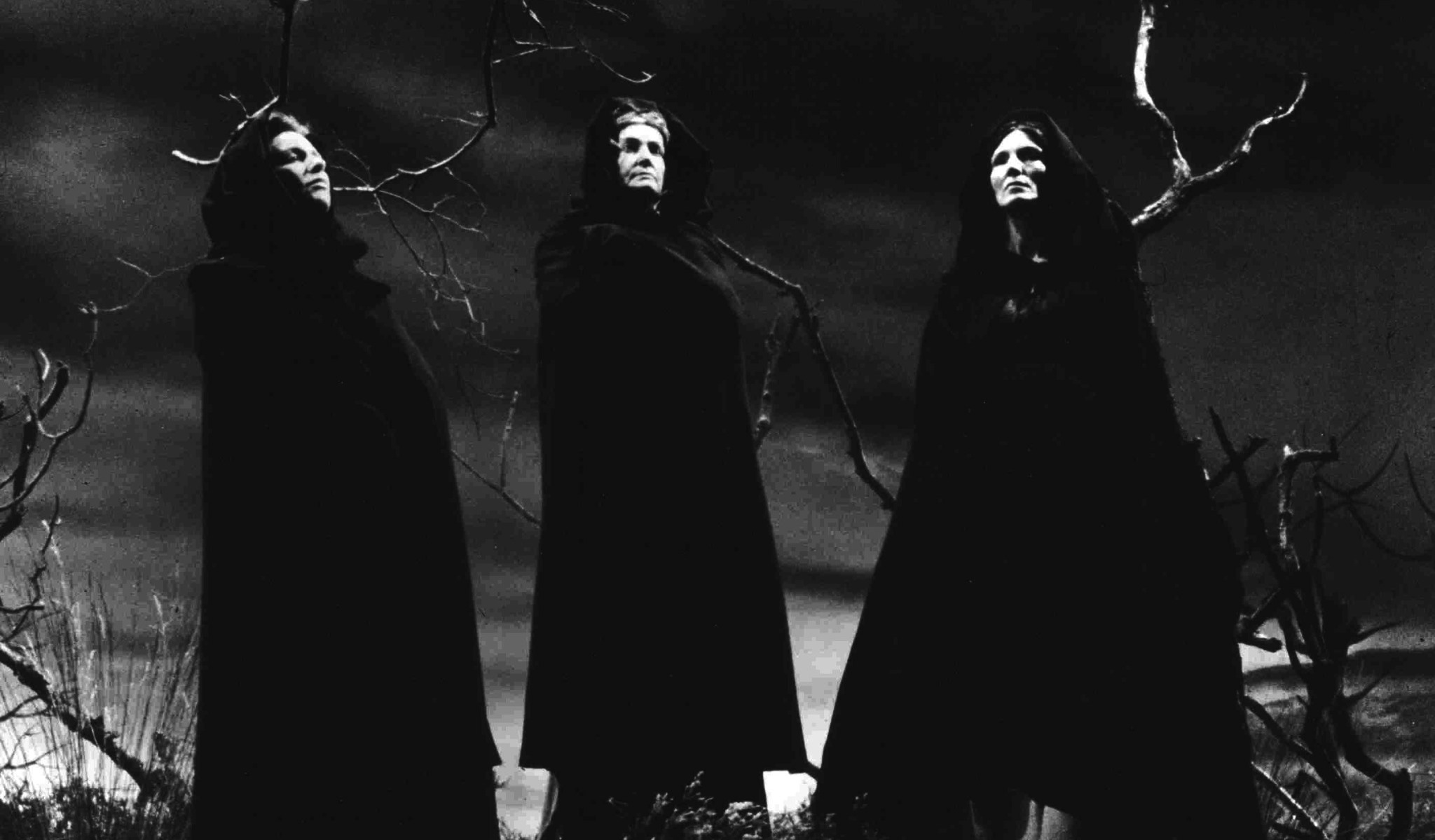 who are the three witches in macbeth
